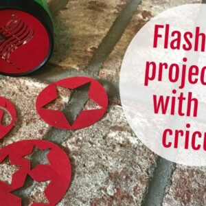 DIY FLASHLIGHT PROJECTOR WITH CRICUT | 4TH OF JULY HOLIDAY